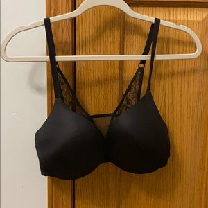 36D Victorias Secret padded bra